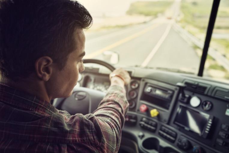 Sürüş, özelikle mesafe uzunsa yorucu. Bazen yardıma ihtiyacınız duyarsınız... Daha kolay ve konforlu bir sürüş için çok çeşitli çözümler sunuyoruz.