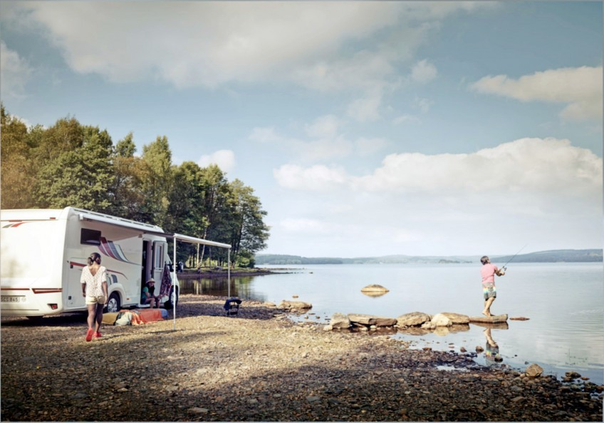 1.5 m ila 6.0 m uzunluklarda sağlanan PerfectWall 1500 tenteleri, şu anda mevcut olan çoğu karavan ile uyumludur. Otomatik büküm ön rayı sayesinde, tente, teles...